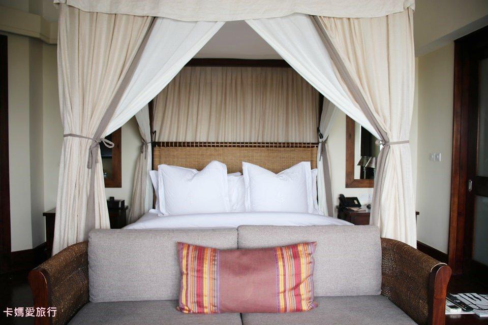 [坦尚尼亞] Four Seasons Hotel Tanzania 四季飯店 – Savannah room waterhole view水池景觀房、早餐分享